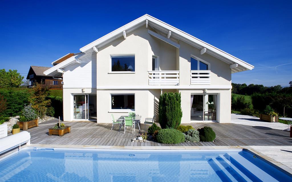 Maison moderne en bois avec piscine - Maison bois avec piscine ...