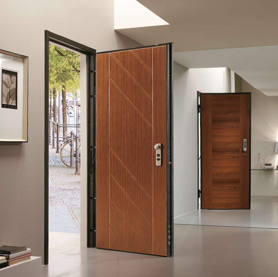 Pourquoi installer une porte blind e chez soi plan de for Installation porte blindee