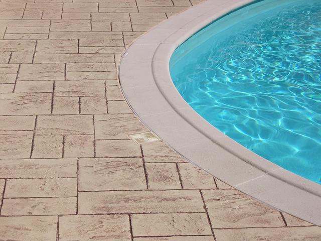 Que choisir piscine hors sol ou piscine enterr e for Cash piscine nebraska