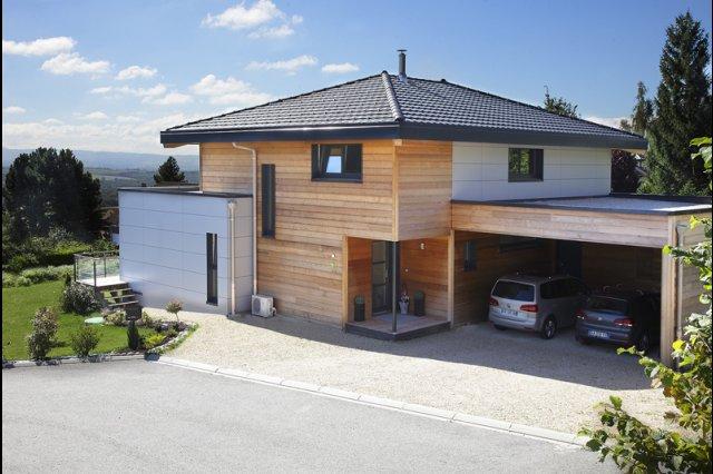 Choisir la toiture de sa maison plan de maison for Maison a 4 pans