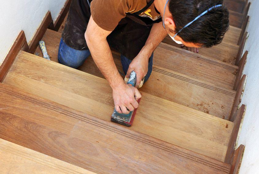 rénovation-dun-escalier-en-bois